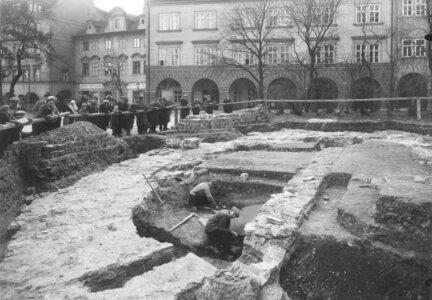 Přednáška - Život a smrt na Loretánském náměstí - zrušeno