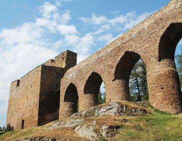 Foto hradu: Harold – Vlastní dílo, CC BY-SA 3.0, commons.wikimedia.org/w/index.php?curid=33282215