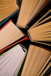 Setkání - Velký knižní výprodej - pozor 12. 9. zrušeno
